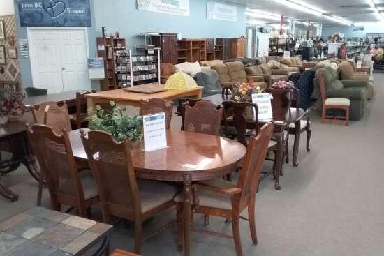 villagethrift-furniture6